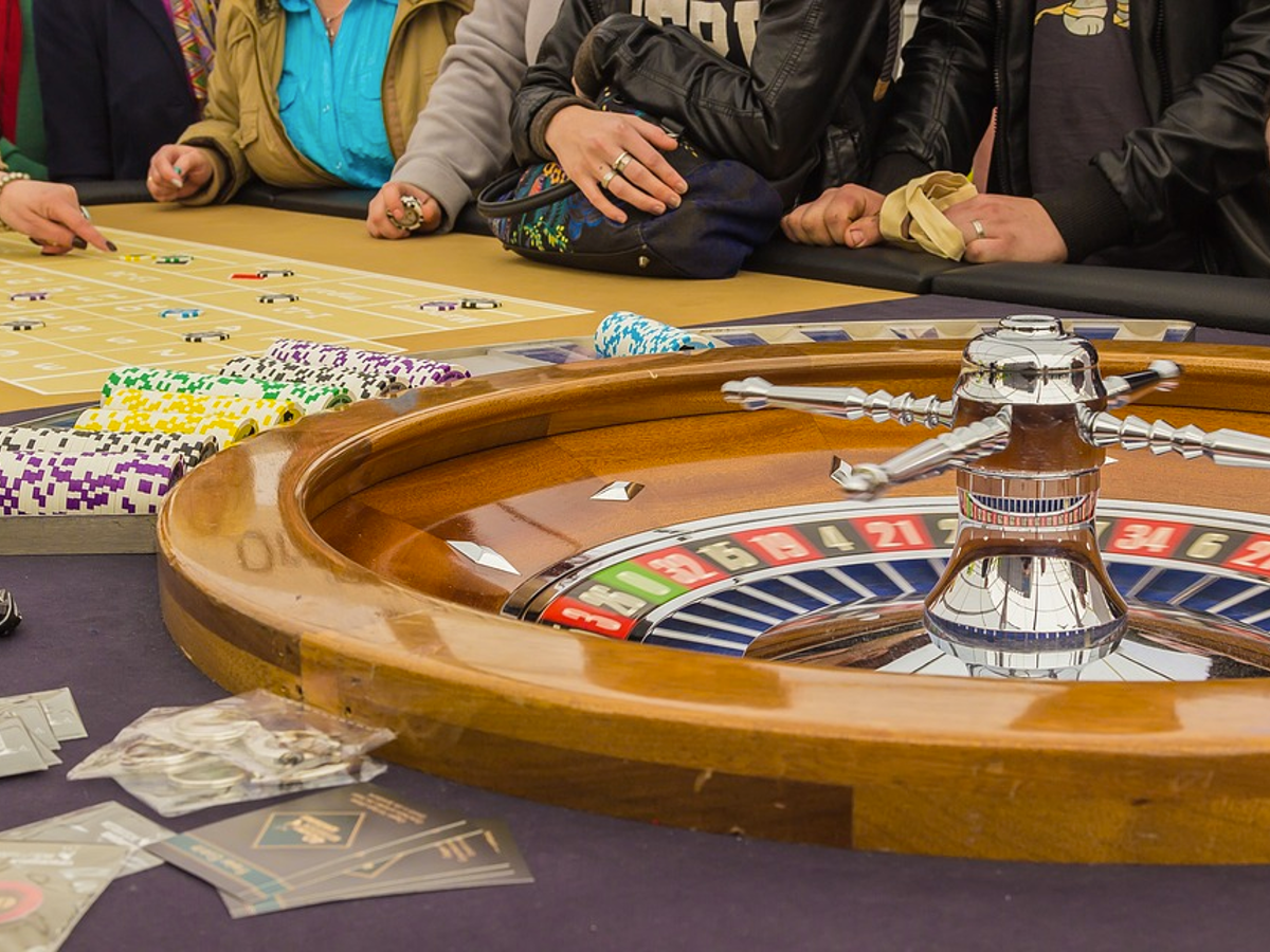 Home Page - Why You Must Gamble Exceptional Reasons Why Gambling Is Beneficial